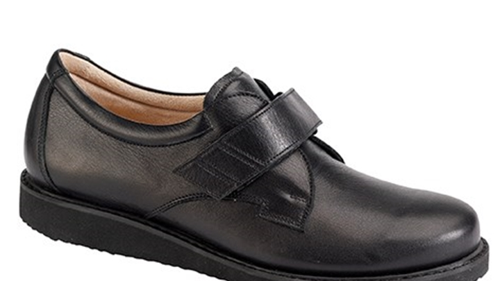 3315.9800 Piedro Mens Diabetic Shoes Black Leather Velcro.jpg