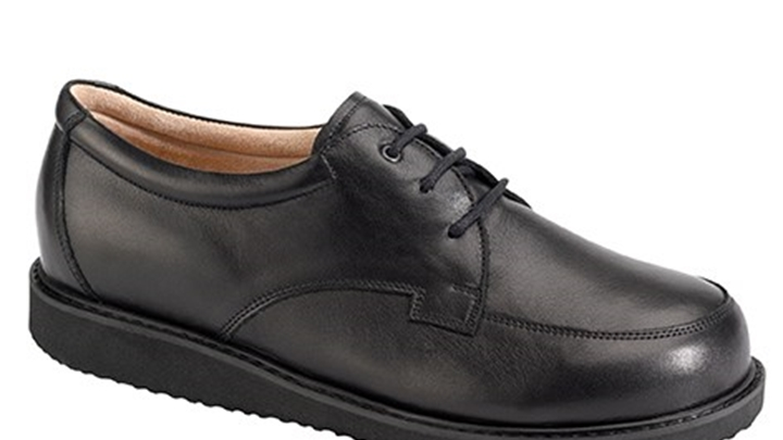 3380.9800 Piedro Mens Diabetic Shoes Black Leather Lace.jpg