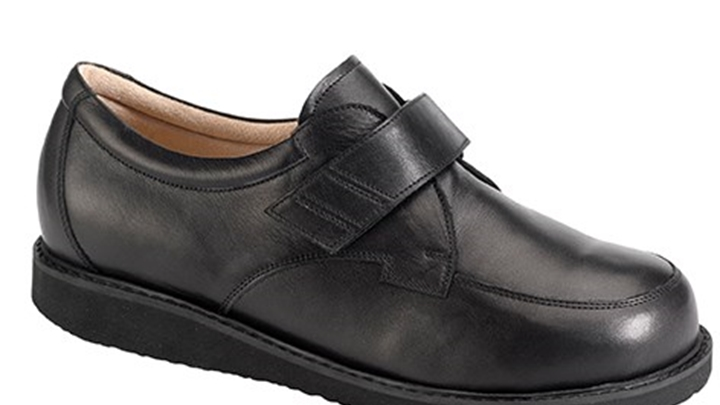3385.9800 Piedro Mens Diabetic Shoes Black Leather Velcro.jpg