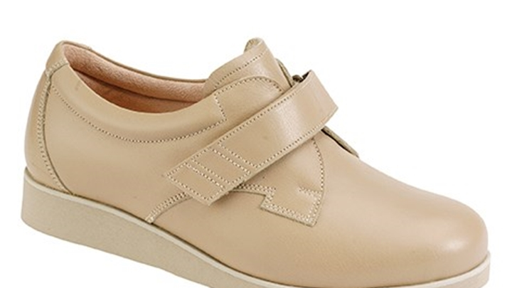 3335.1600 Piedro Ladies Diabetic Shoes Taupe Leather Velcro.jpg