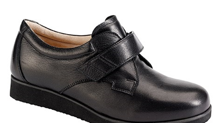 3335.9800 Piedro Ladies Diabetic Shoes Black Leather Velcro.jpg
